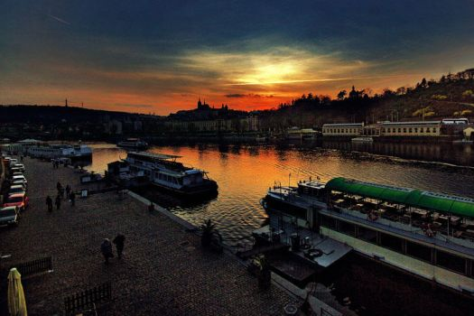 prague by Zuziensk