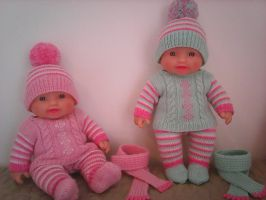 Knitted Sets for Baby Dolls by ToveAnita