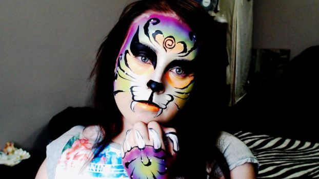Tiger facepaint by Blueberrystarbubbles