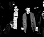 Larry Stylinson Holding Hands: Manip x by NiallOfficial