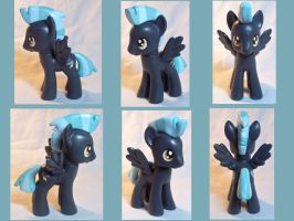 Thunderlane Custom Toy by CadmiumCrab