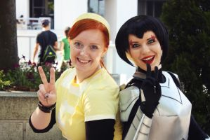 'Besties' April O'neil/Karai TMNT 2012 by Elita-01