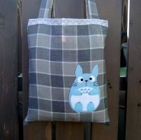 Kawaii Totoro bag by yael360