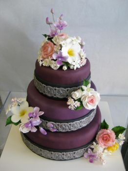Purple Cake with Flowers by KralleCakes