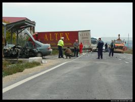 Photojournalism car accident6 by digitalgod