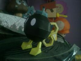 Bomb-omb with key papercraft by aardonix