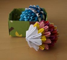 + Easter Eggs (3D Origami) by Denierim