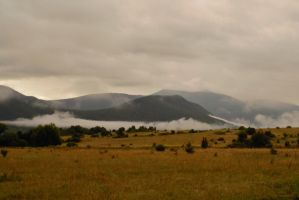 Clouds in Mountain by LillianEvill