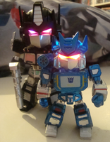 Nemesis and Soundwave by GeminiFall