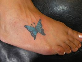 Butterfly foot .mother. by welcometoreality