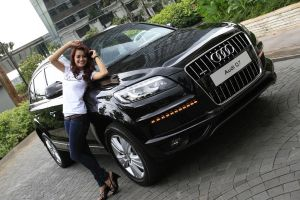 Audi Q7 by marketplus