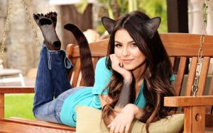 Victoria Justice Cat Morph by SushiLab