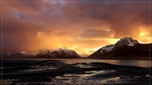 Arctic Light by steinliland