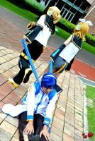 Kagamine Twins is Angry with Kaito by Shrymei
