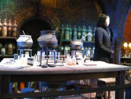 SNAPES POTION CLASSROOM HP TOUR LONDON by Vee-Deviant