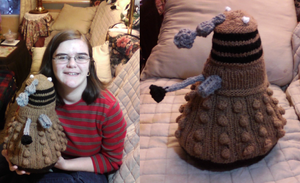 EXTERMIKNIT: Knitted Dalek by Creativity-Squared