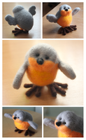 Needle felted Chubby robin by Tanita-sama
