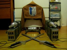AOT/SNK Cosplay 3DMG + Jacket finished by lisaff