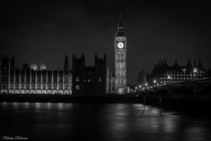 Big Ben in white and black by mydarkeyes