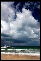 Heavy clouds by booozer