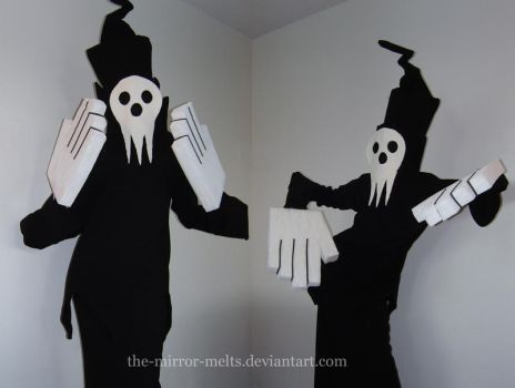 Shinigami-sama Cosplay by the-mirror-melts