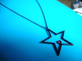 Black star necklace by Laura-in-china
