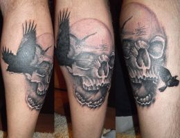 Tatuaje Brasov skull and birds cover up tattoo by tattoobrasov
