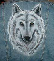 Airbrushed white wolf by whitewolf