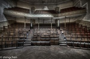 Auditorium by stengchen