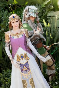 The Princess and her Knight - Zelda/Wolf Link Cos by NipahCos