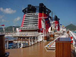 - Disney Cruise: Top Deck - by Enmitywolf