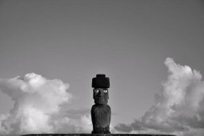 Cloud charmer - Easter Island - 2011 by g-dh