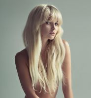 Portrait of a stunning blonde by shashaa