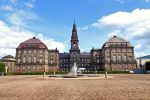 Christiansborg Palace by Ben2004