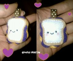 PB and J Mini by Gd00dle