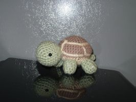 tiny turtle by greenxloser