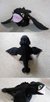 Toothless-Night Fury Plush by IchibanVictory