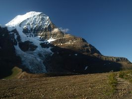 Mount Robson by Jerekh