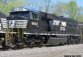 Brand New SD60E Rebuild # 6943 on NS 33J by EternalFlame1891