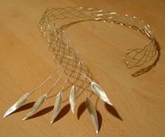 Celtic silver leaf neckpiece by entanglement