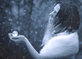 Winter Orb by Lorelyne