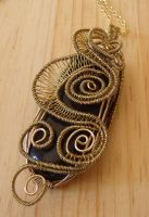 Wire worked pendant by Craftcove