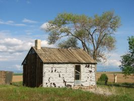 Creeky Old House by FoxStox