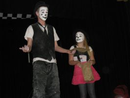 School Show 1: Warming up the crowd by RockO-the-clown
