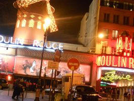 The Moulin Rouge : Paris, France by dawnleapord