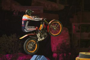 Trial Contest Marseille France by fbilauvergnat
