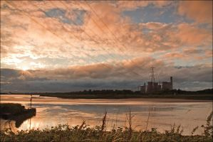Sun Down at Fiddlers Ferry by paulblythe