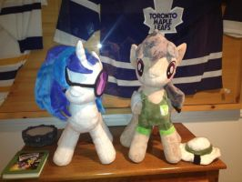 Daring Do and Vinyl Scratch Plushies by x-Flamerunner-x