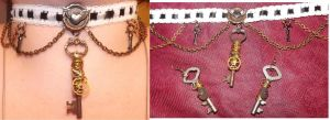 Keys and Gears Choker and Earrings Set by LadyMidnight81