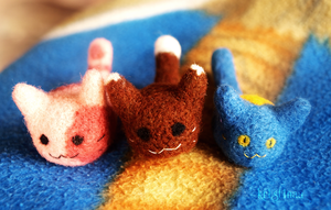 Needle Felted Cat Trio by kr1st1naa